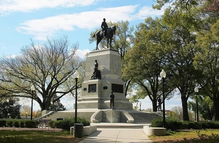 William Tecumseh-Sherman Monument